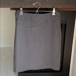 Stretchy pencil skirt